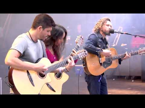 Rodrigo y Gabriela FT. John Butler - Happy (Pharrell Williams cover)