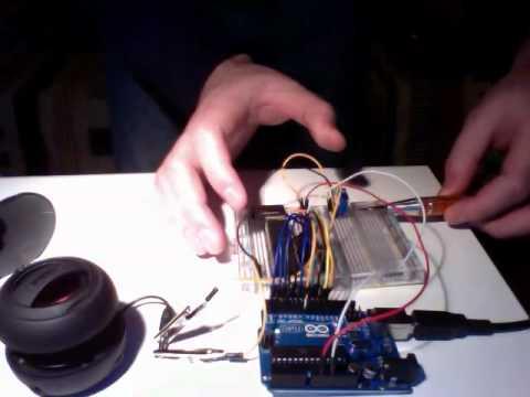 Robo32 simple esp32 robot with esp8266 remote
