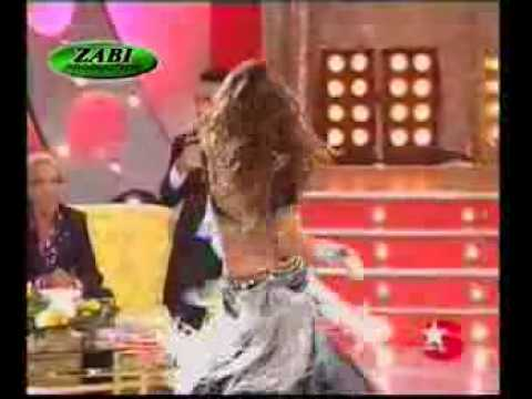 Main Nagin Tu Sapara With Belly Dance video