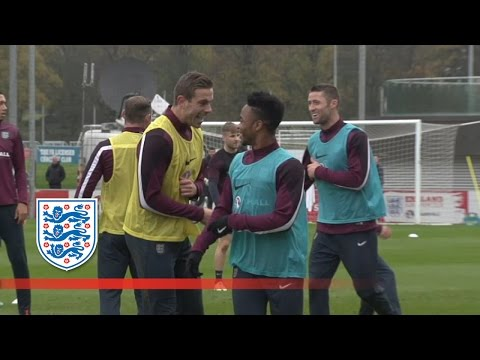 Kieran Gibbs reveals who's the funniest in the squad | Player Diaries