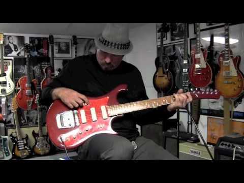 1970s Ural USSR Electric Guitar Demo