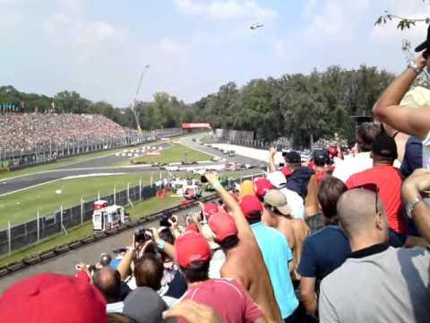 F1 Monza 2011 Start (tribune 6B)
