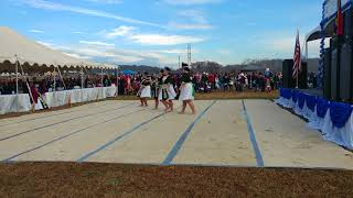 Hmong tradition dance at Hsp new year 2017 18
