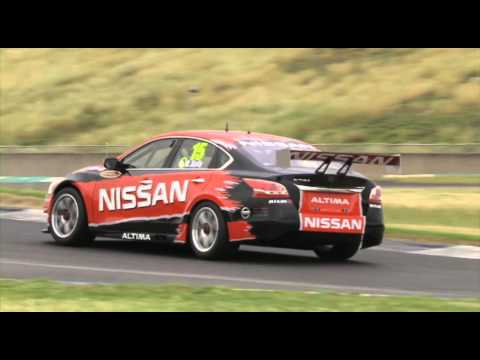 Nissan Altima V8 Supercar first drive