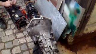 electric  motor and BMW gearbox test 19022010003-002.mp4