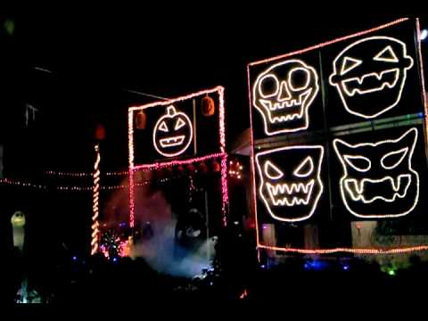 Halloween Light Show 2011-It Must Be Halloween