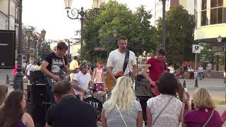 """Классная песня от группы """"СРАЗУ МАЙ""""! Buskers! Street! Music! Song!"""