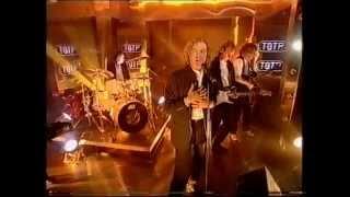 Mike + The Mechanics - A Beggar On A Beach Of Gold