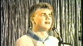 Gary Barlow ** EXCLUSIVE FOOTAGE** Singing Power Of Love - 1985