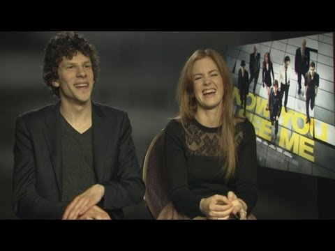 Isla Fisher and Jesse Eisenberg interview: Isla talks about her near-d...