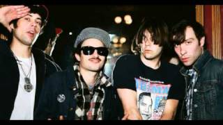 Watch Black Lips Everybodys Doin It video