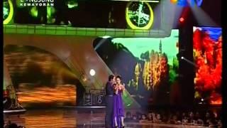 Ussy Feat Andhika 34 Kupilih Hatimu 34 Performed At Sctv Music Awards 2011 Courtesy Sctv