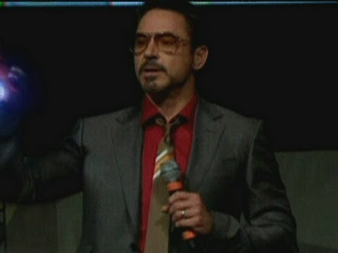 Robert Downey Jr @ Comic Con: Iron Man 3 'as serious as Shakespeare'