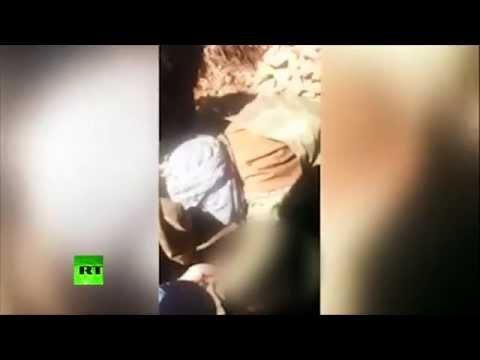 En un video se ve como un piloto ruso derribado en Siria cae en manos de los rebeldes