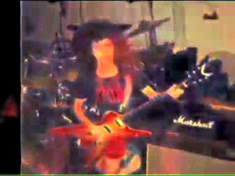 Dimebag talks about his lifelong love affair with Dean Guitars
