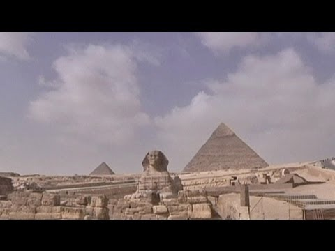 Dramatic fall in Egyptian tourism