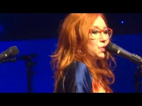 Tori Amos - In The Spring Time of His Voodoo