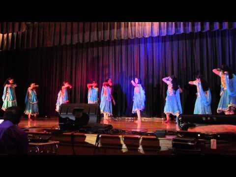 FamilyNight22Feb14 09 Dance Dhum Dhum Dooreyetho Rakkilippattu...