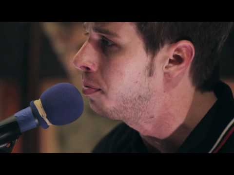 Foster The People - pumped Up Kicks Acoustic (high Quality) video