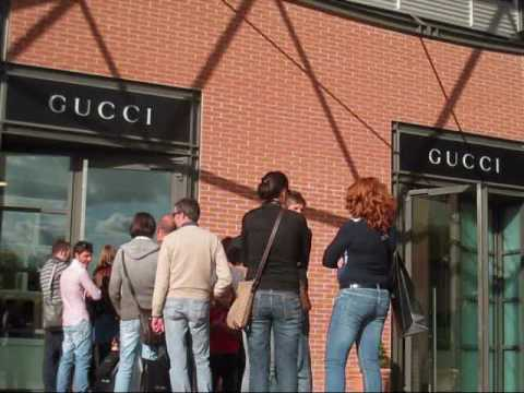 Gucci Outlet at The Mall