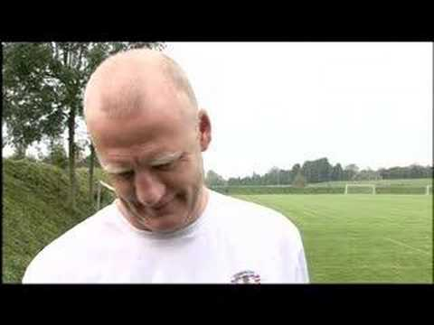 IAIN DOWIE: FOOTBALL GENIUS?