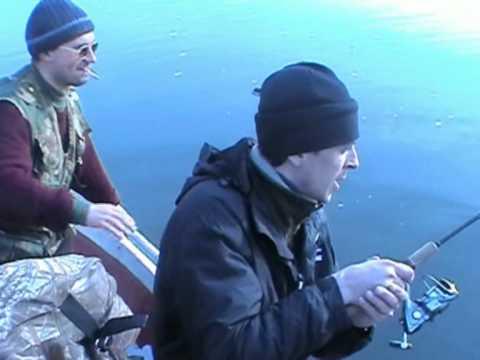 видео вываживание сазана