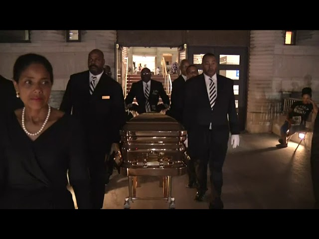Aretha Franklin's casket moved from museum