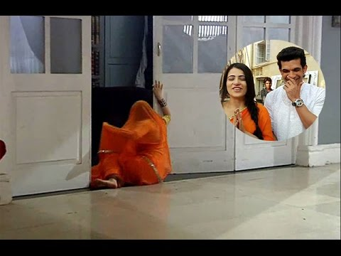 Meri Aashiqui Tumse Hi 20th April 2015 Full Episode | Ishani Falls badly during Shooting thumbnail