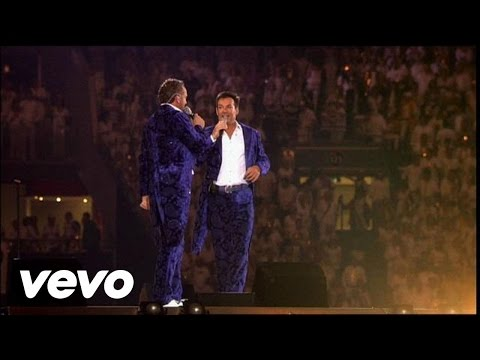 De Toppers - Foxtrot Medley (Toppers In Concert 2011)