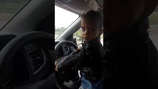 Small kid driving a car💓