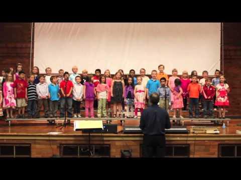 Kids Sing In Urdu Nani Teri Morni video