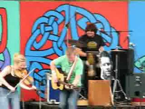 Gaelic Storm - Whats The Rumpus live