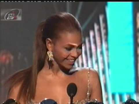 Beyoncé Wins Big at the 2003 Billboard Music Awards