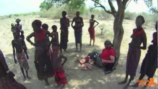 Hello Afrika - Kabilelerle Dinlenme (Resting With Tribes)