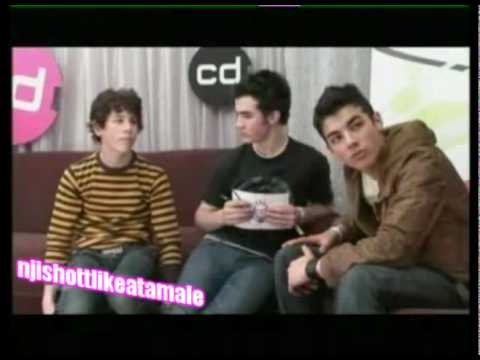 Old School Jonas Brothers Attack!