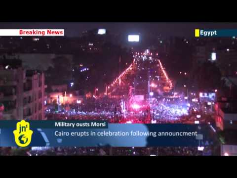 Egyptian Army ousts Morsi: military suspends constitution and promises early elections