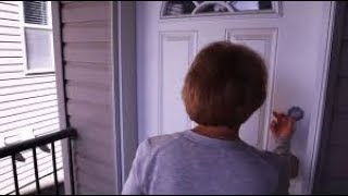 When This Mother Knocked On The Door, The Family Inside Were Blown Away By Her Surprise