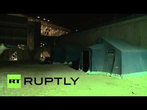 Italy: Makeshift migrant camp set up in Rome after France increases border security