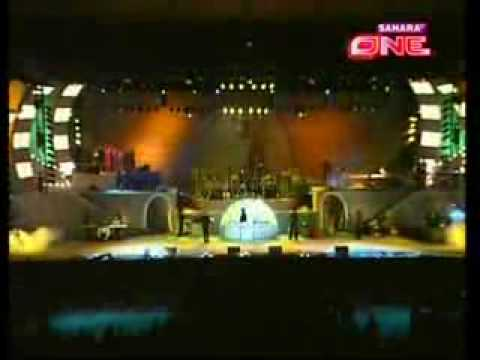 Maa Tujhe Salaam -live By  Ar Rahman - Unity Of Light - 28.flv video