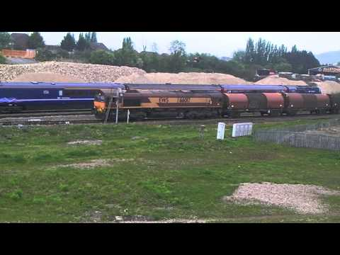 FGW 43035 AND 43154 PASS A DEPARTING DBS 66017 AT GLOUCESTER  TRAMWAY  200513
