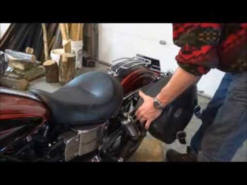 Viking Bags Quick Disconnect System On A 2007 Dyna Fxdli
