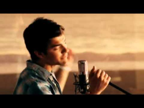 Make A Wave Music Video Demi Lovato and Joe Jonas - YouTube2.flv