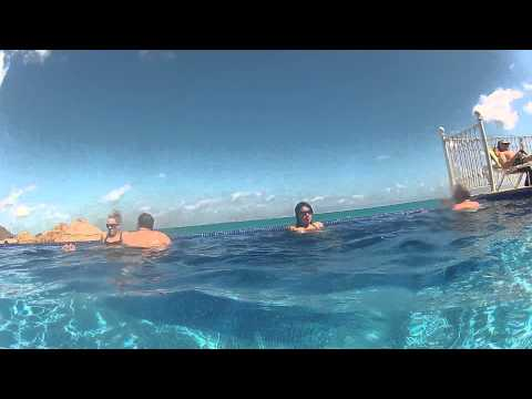 Riu Cancun swimming pool - hotel and resort - Gopro Hd 2 under water