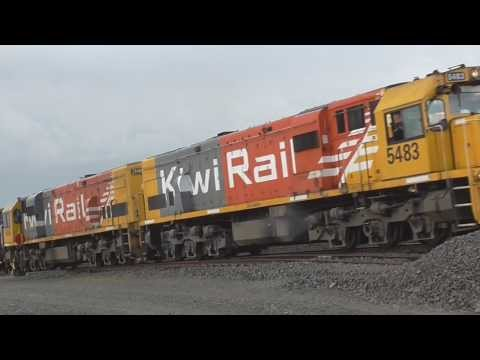 Kiwirail trains through Rolleston klip izle