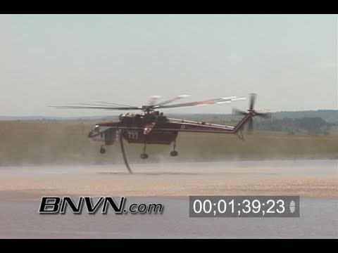 7/13/2005 Colorado Wild Fire S-64 Erickson Air-Crane helicopters reloading water video