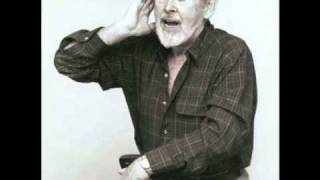 Watch Ewan Maccoll The Manchester Rambler video