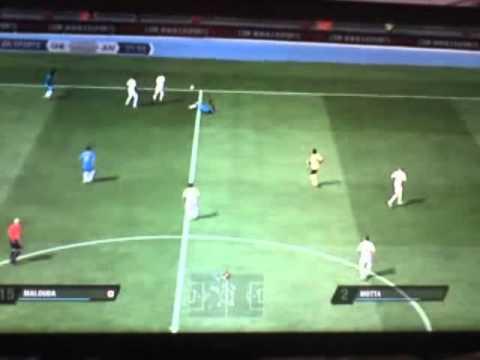 BUG FIFA 11 - But de DROGBA habillé en gardien !!!