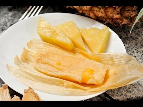 Tamales ligeros de piña con yogur - Light Pineapple Tamales with Yogurt