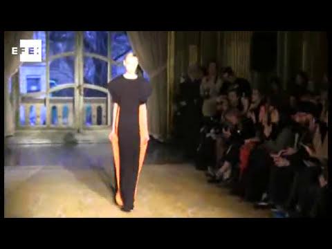 Amaya Arzuaga lleva el arte abstracto a la Semana de la Moda de París