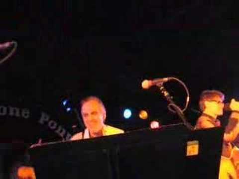 Little Suzie- Glen Burtnik&Bob Burger live